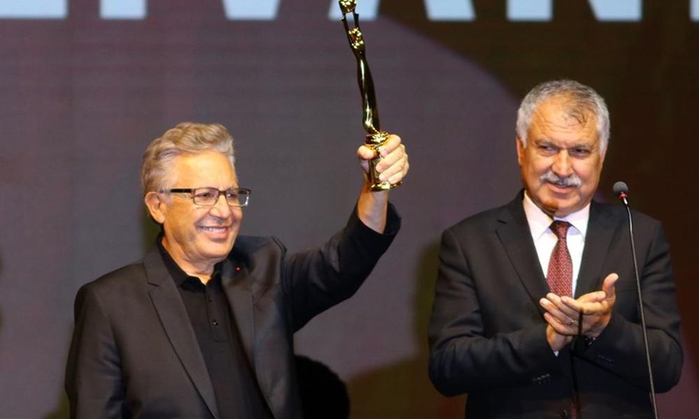 Zuhal Olcay ile Zülfü Livaneli'ne yaşam boyu onur ödülü