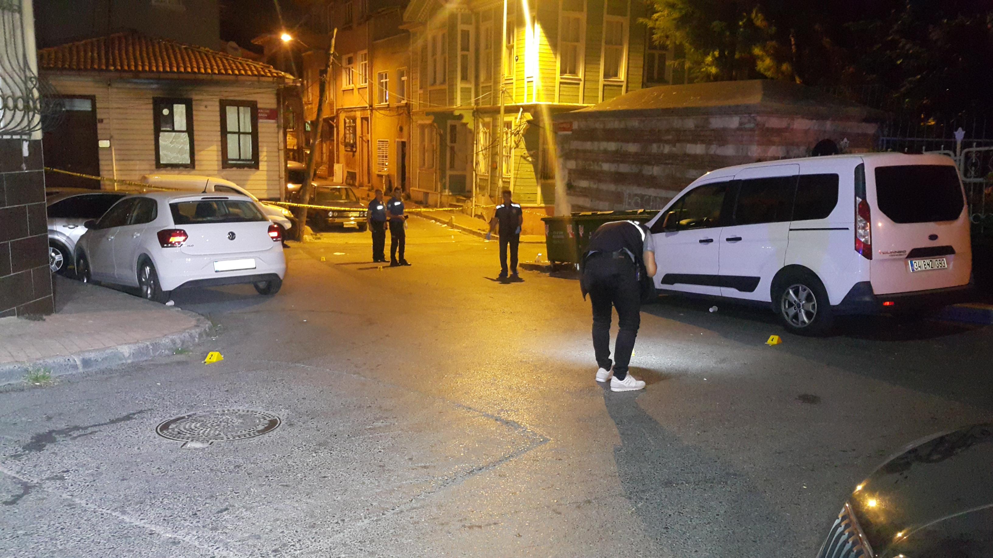 İstanbul Fatih'te silahlı saldırı! Bir ölü, 1 yaralı