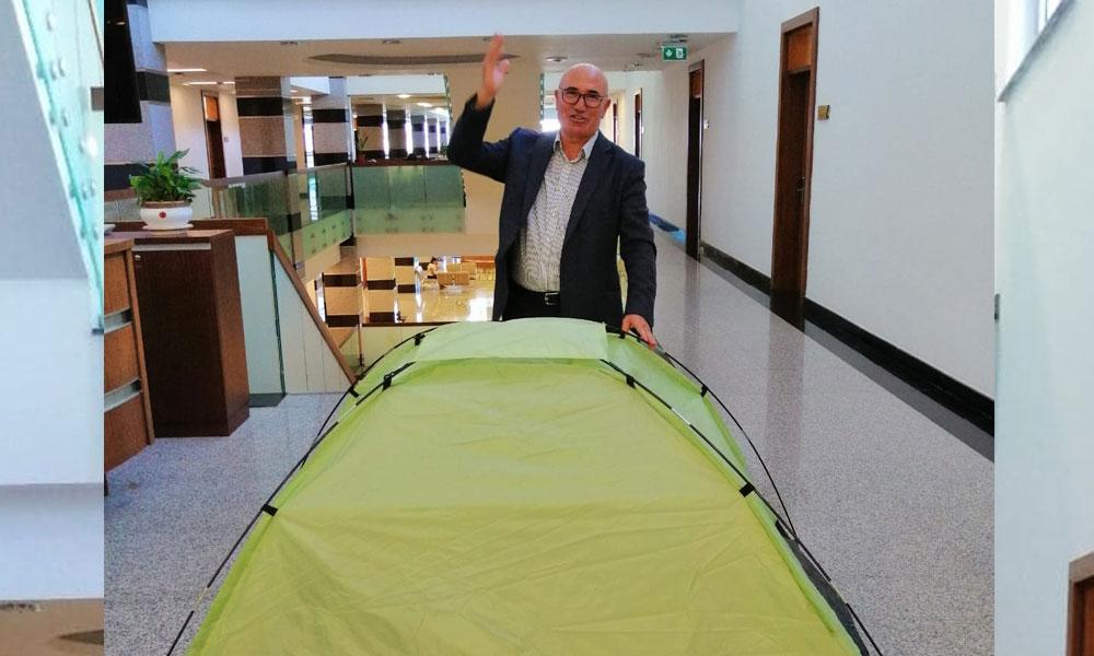 Mahmut Tanal'dan dikkat çeken çadır paylaşımı
