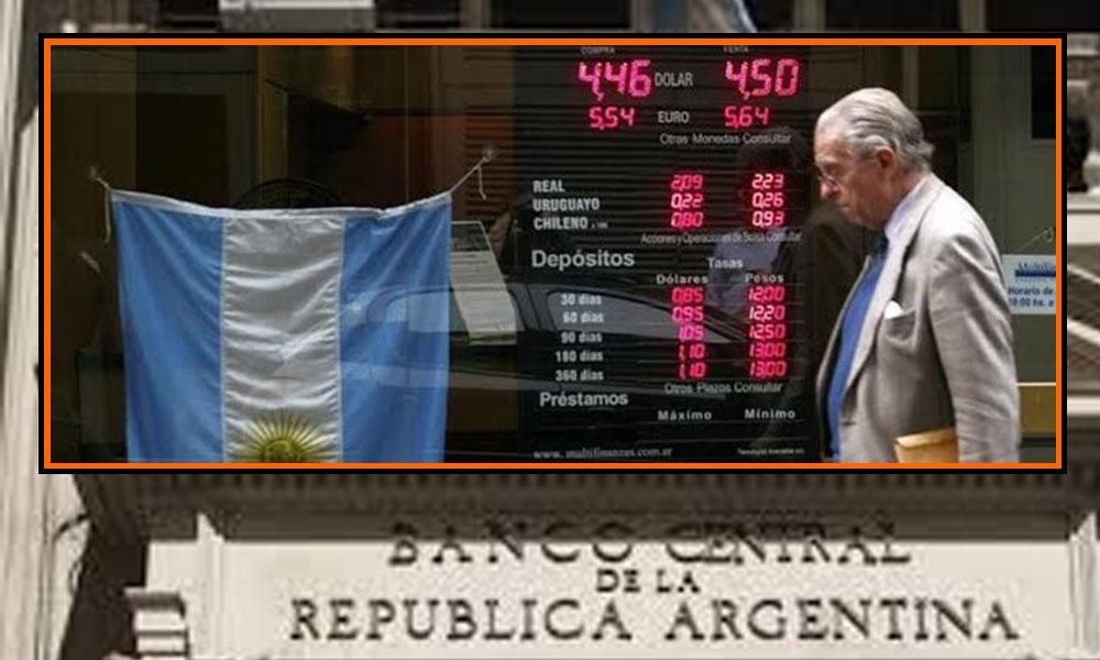 Arjantin'de bankalar dahil bütün şirketlerin döviz almasına ve yurt dışına aktarmasına kısıtlama getirildi
