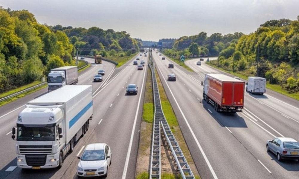 Açıklama en yetkili isimden geldi: Otoyollardaki hız limitleri artıyor!