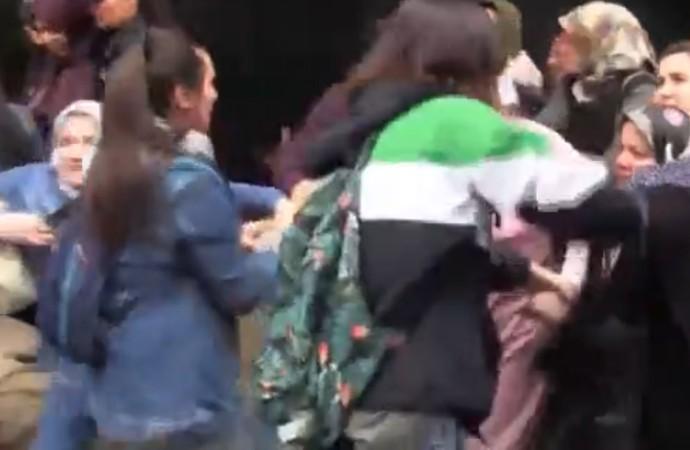 Darbe girişimi sonrası müebbetle yargılanan çocukları için eylem yapan annelere polis saldırısı: Darp edip, yerlerde sürüklediler