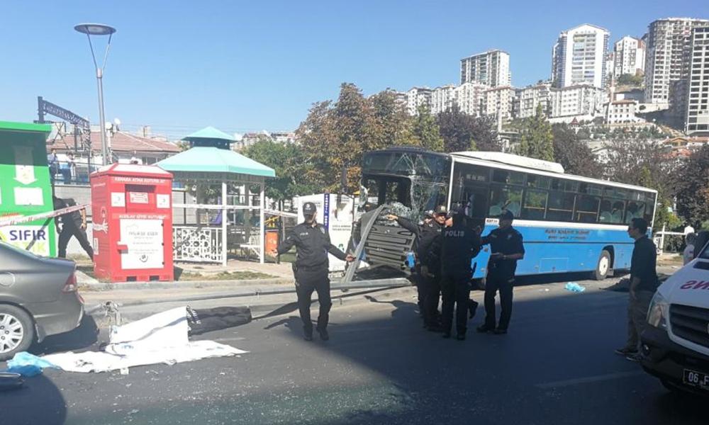 Ankara'da halk otobüsü durağa girdi… Dört kişi hayatını kaybetti