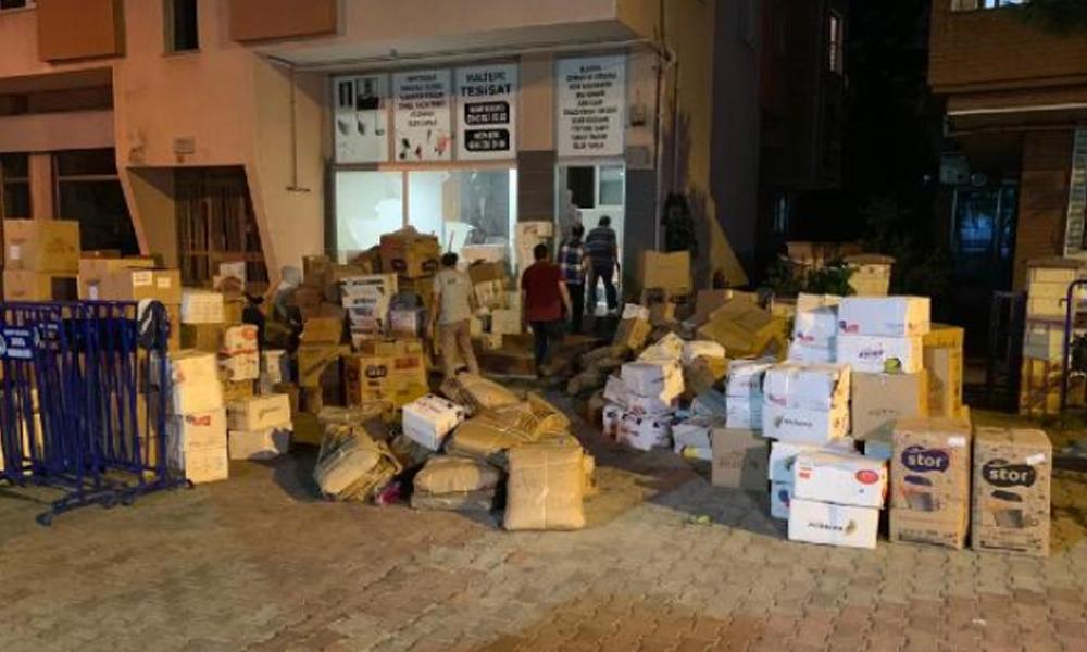 Maltepe'de, kolonlarında çatlaklar oluşan bina boşaltıldı