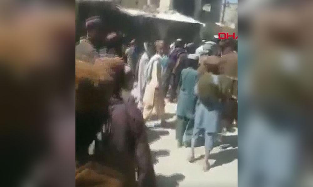 Afganistan'da Taliban'a baskın: Çok sayıda sivil öldü