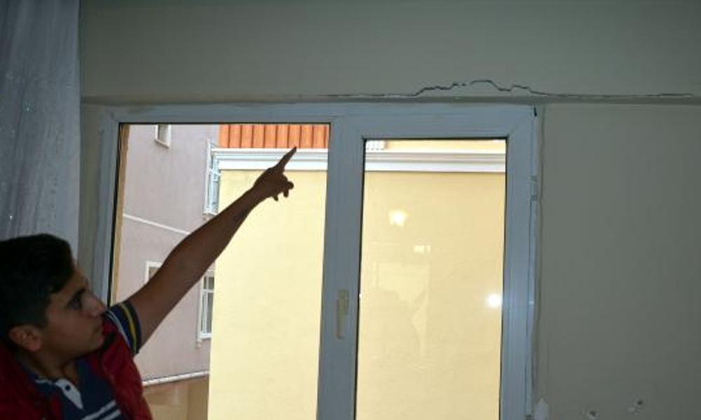 Silivri'deki depremin Avcılar'daki binada çatlaklar oluşturdu iddiası