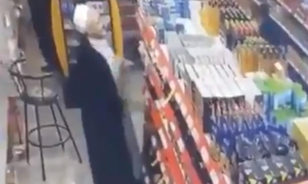 'Cübbeli hırsız' suçüstü yakalandı