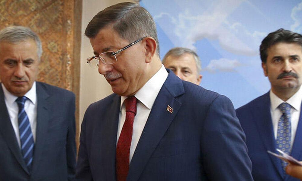 Ahmet Davutoğlu'nun kurucusu olduğu üniversitenin tüm varlıklarına tedbir konuldu