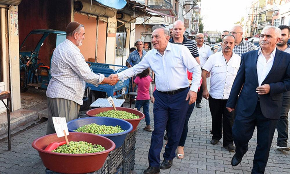 Seyhan Belediye Başkanı, mahalle mahalle gezdi