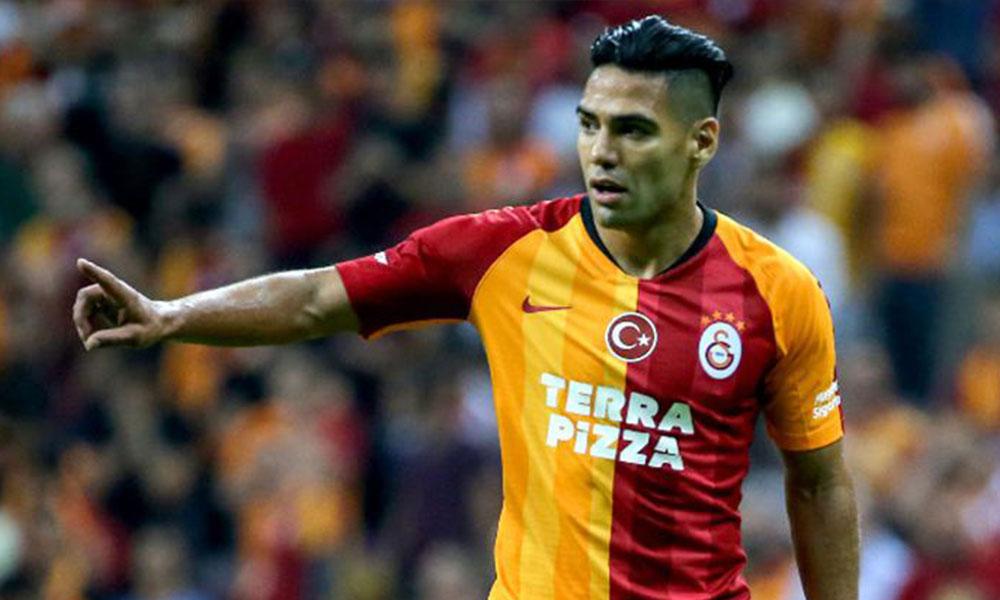 İdmanı yarıda bırakan Falcao ile ilgili Galatasaray'dan açıklama