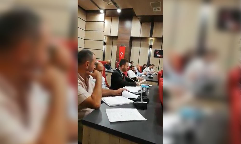 'AKP'li belediye İçişleri Bakanlığı'nın vermediği araçları tahsis etme yetkisi istedi'