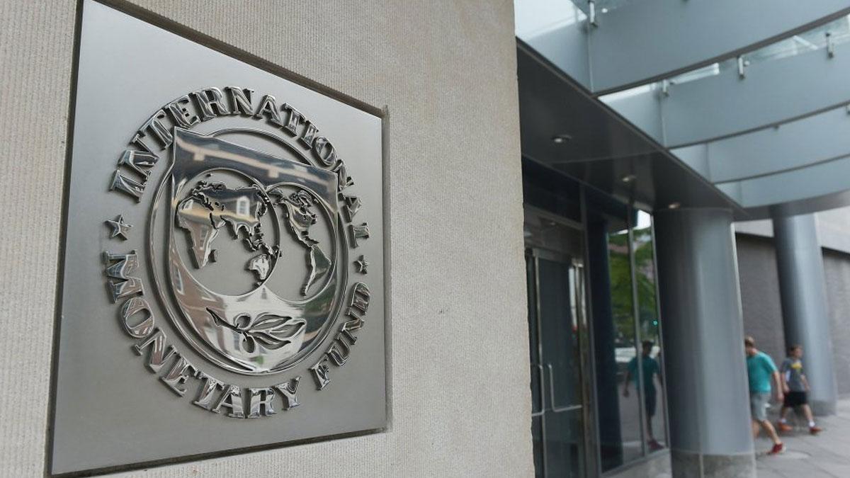 IMF: Küresel ekonomi belirgin yara alacak