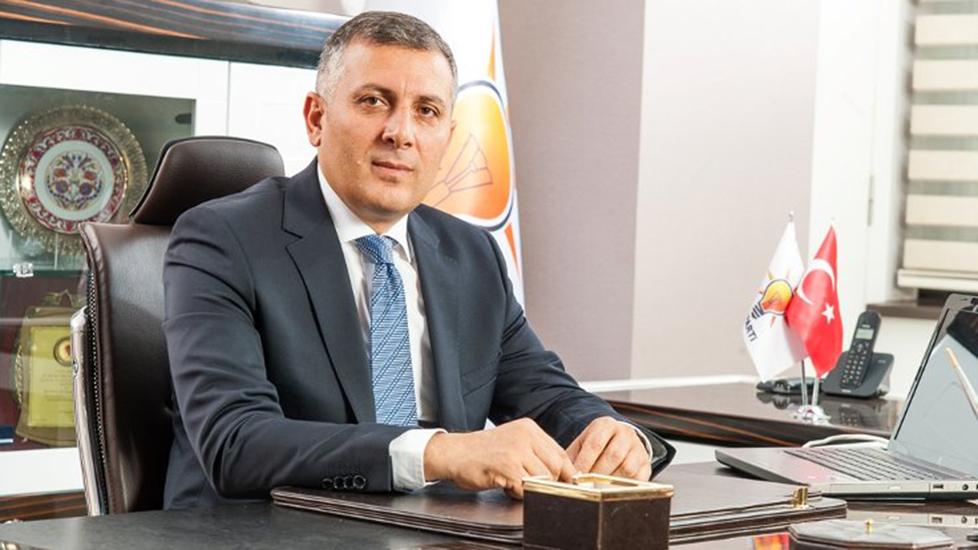 AKP'li il başkanı 'Darbe gecesi yaşananlar sorgulanmadı' deyip istifa etti
