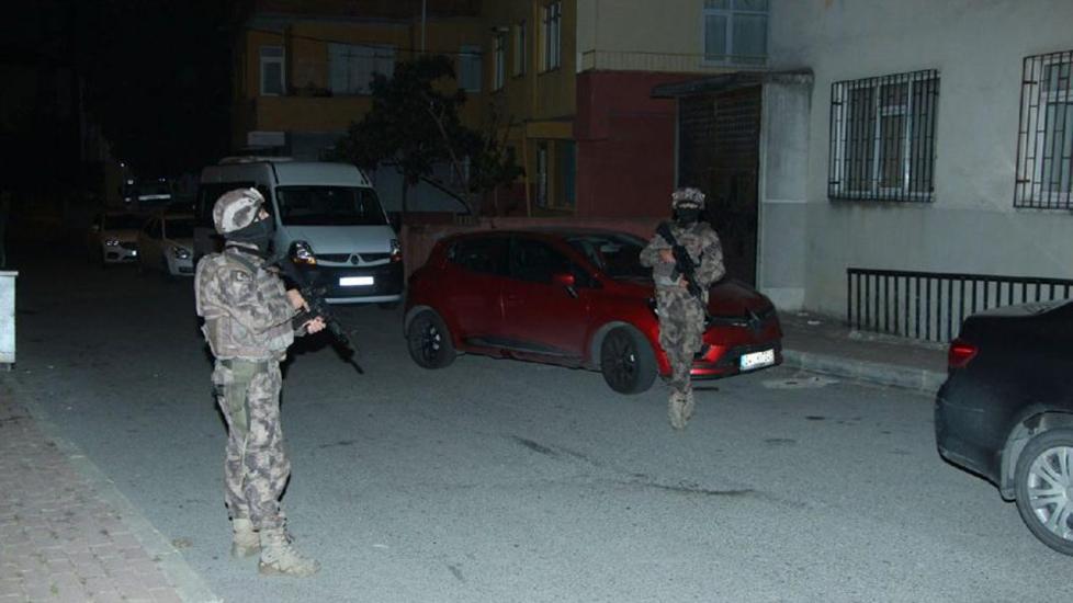 İstanbul'da şafak operasyonu, 20 adrese eş zamanlı baskın!