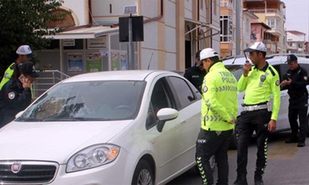 Bir günde 5 bin kişiye 'trafikte sigara' cezası