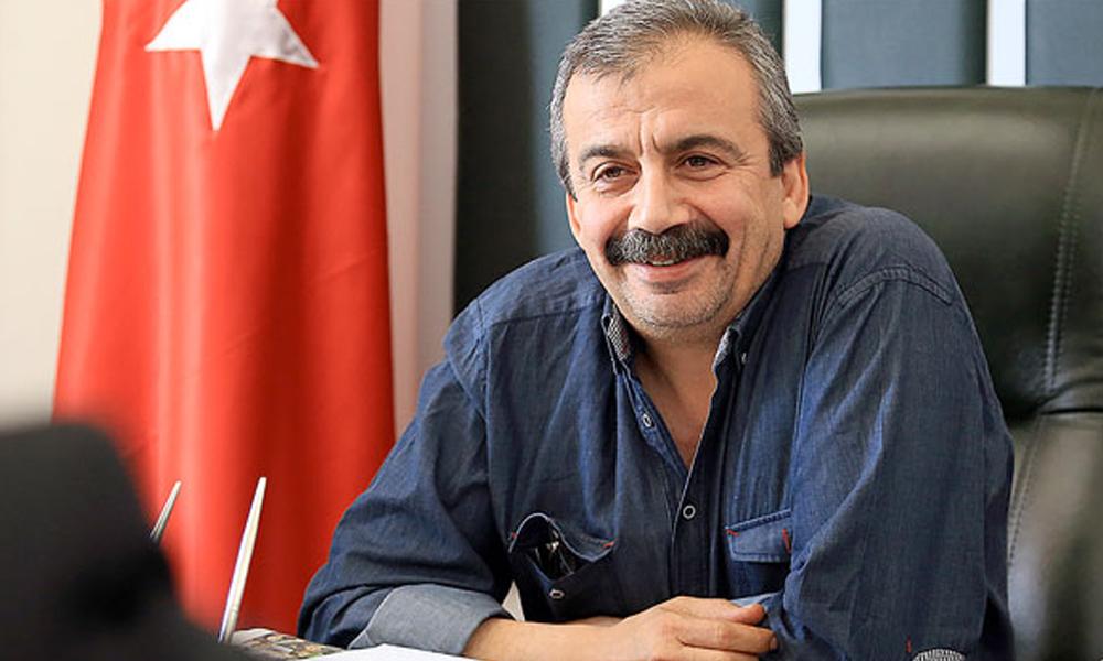 Sırrı Süreyya Önder'in dosyası Anayasa Mahkemesi'ne sevk edildi