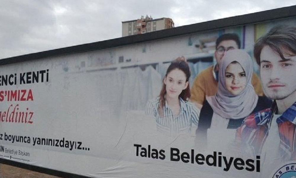 Talas Belediye Başkanı'ndan 'başörtülü Selena Gomez' açıklaması: Reklamın iyisi kötüsü olmaz