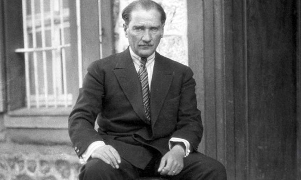 TDK Atatürk'ü sildi!