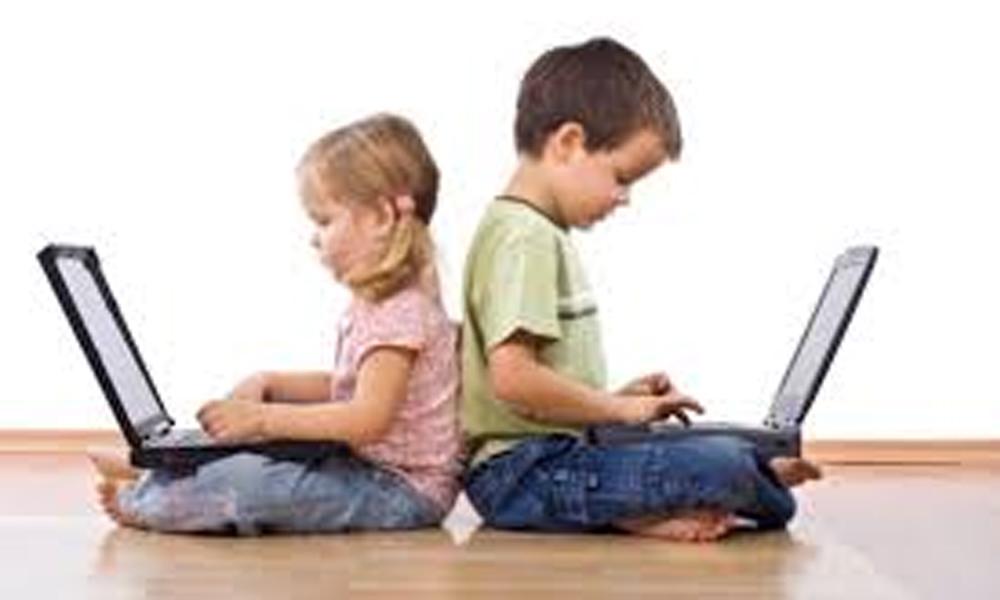 Çocuklarda ekran bağımlılığı kas ve iskelet sistemini olumsuz etkiliyor uyarısı