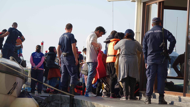 Çanakkale'de 215 kaçak göçmen yakalandı
