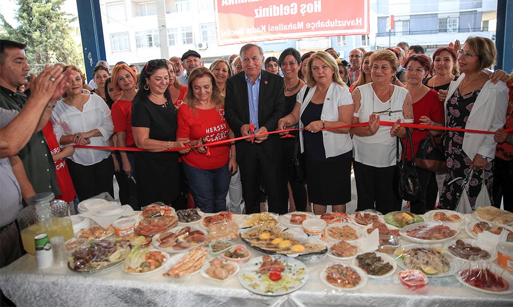 Kadınlar üretti, Seyhan destekledi! Kadın Emeğini Değerlendirme Pazarı açıldı