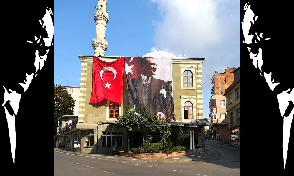 'Bu bayram, Türk bayrağı ve Atatürk posterini asamayacağız. Allah'tan bulsunlar'