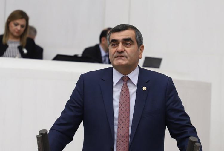 CHP milletvekili Ali Şeker: 'AKP IŞİD'e hizmet etmiştir'