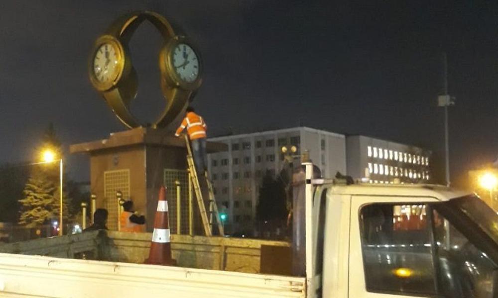Ankara Barosu 'Kol saati' yerine yapılacak Atatürk anıtına talip oldu