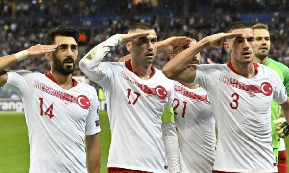 UEFA'nın 'asker selamı' soruşturmasına Türkiye'den ilk tepki