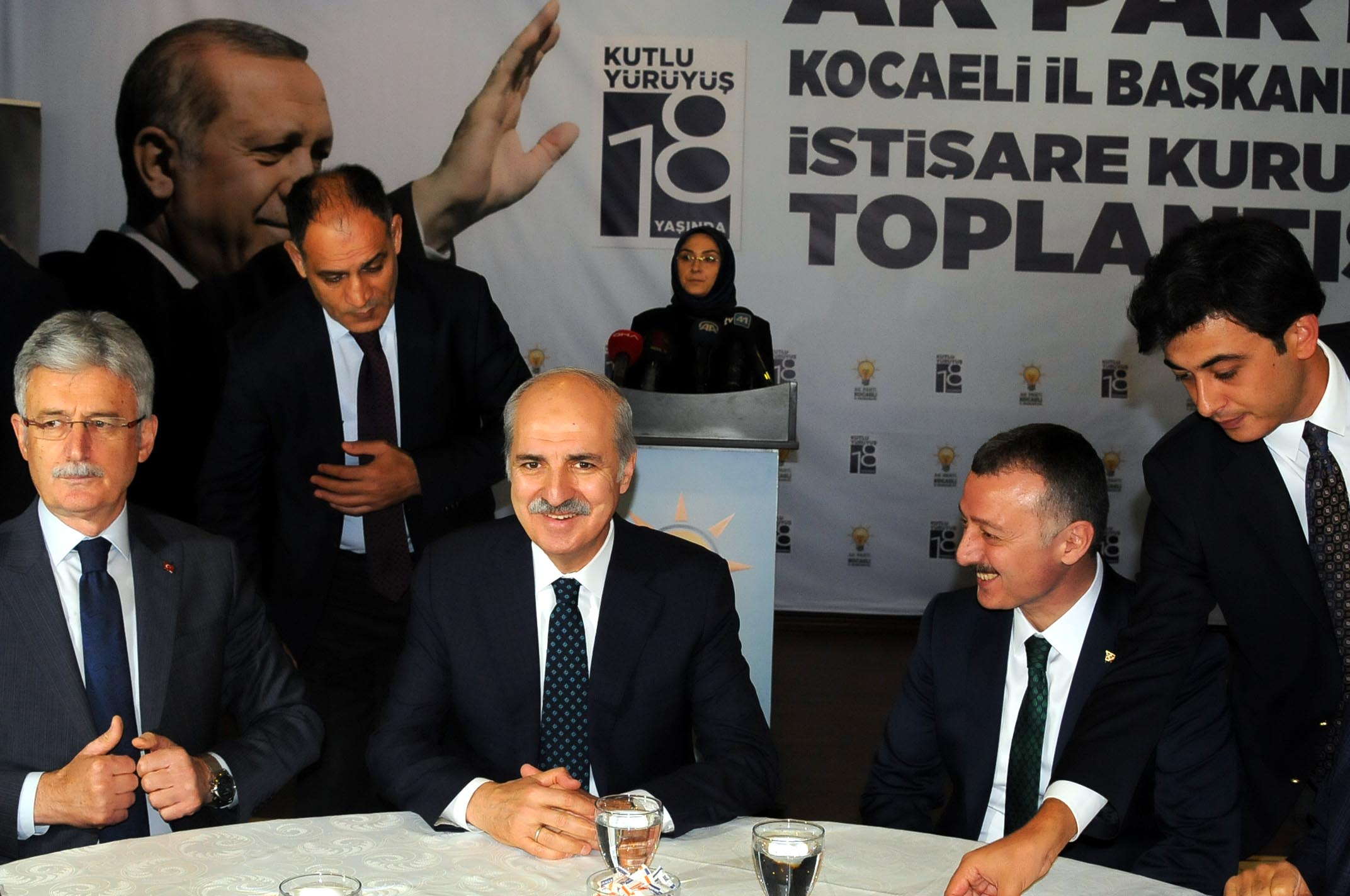 AKP'den ilk geri adım: Mücadele farkı tonlarda devam edecektir