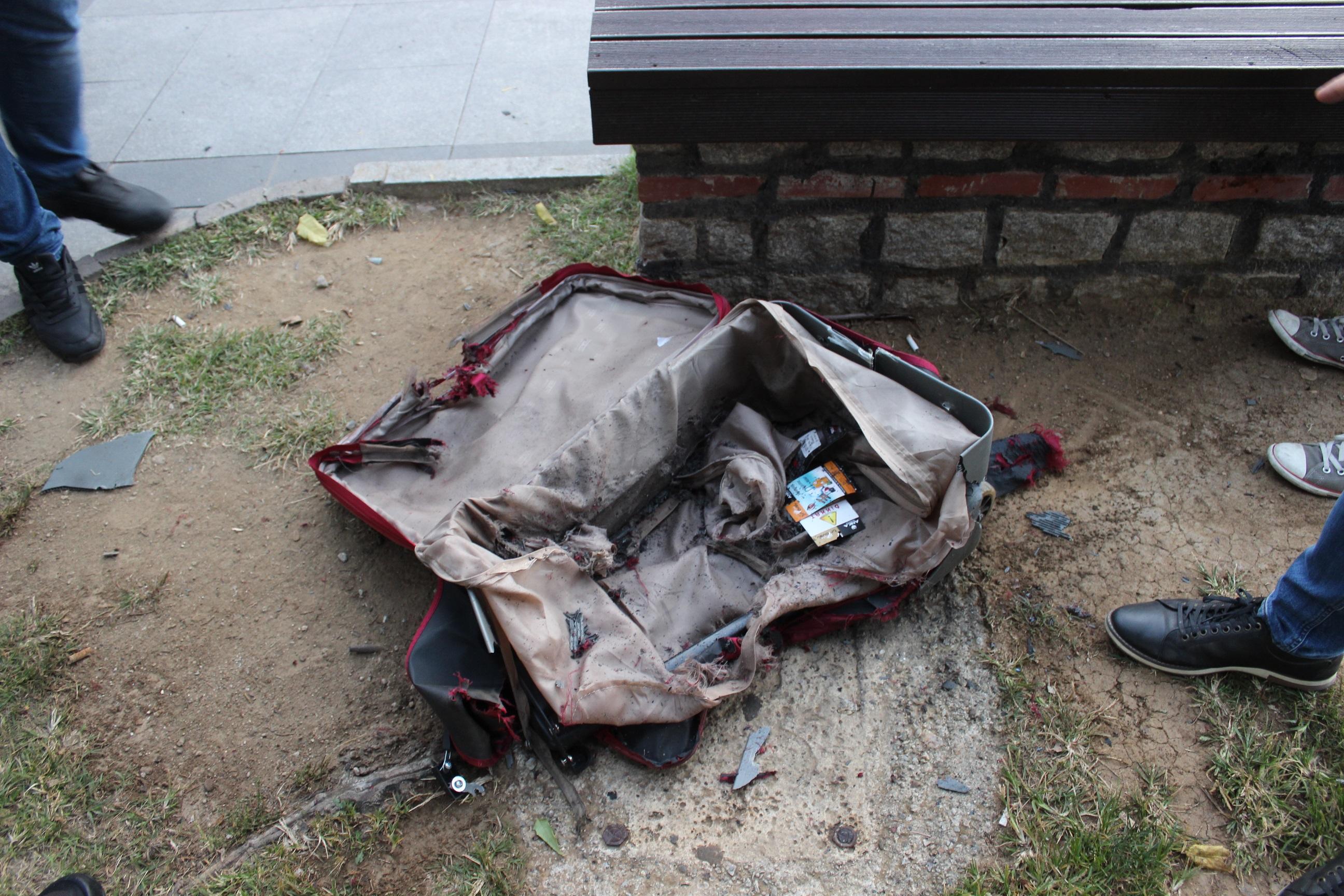 Çanakkale'de tarihi topun yanındaki şüpheli valiz, boş çıktı