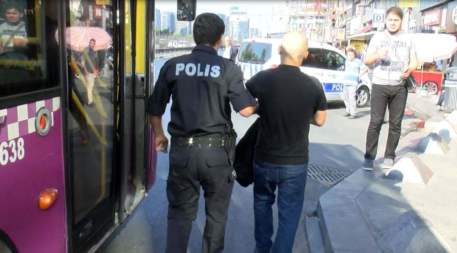 Halk otobüsünde hırsızlık alarmı… Şüpheli yakalandı