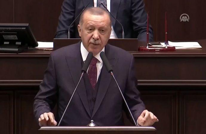 Erdoğan'dan AKP'li vekillere: Allah rızası için darda, zorda bırakmayın; muhalefetin karşısında gülünç duruma düşmeyelim