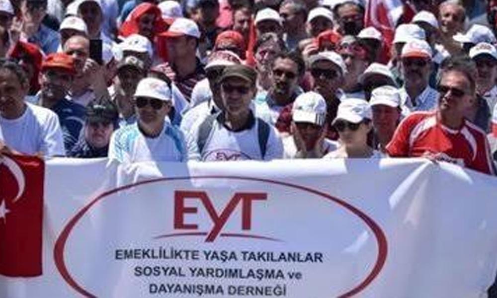 Bakan Selçuk'tan 'Emeklilikte Yaşa Takılanlar' açıklaması