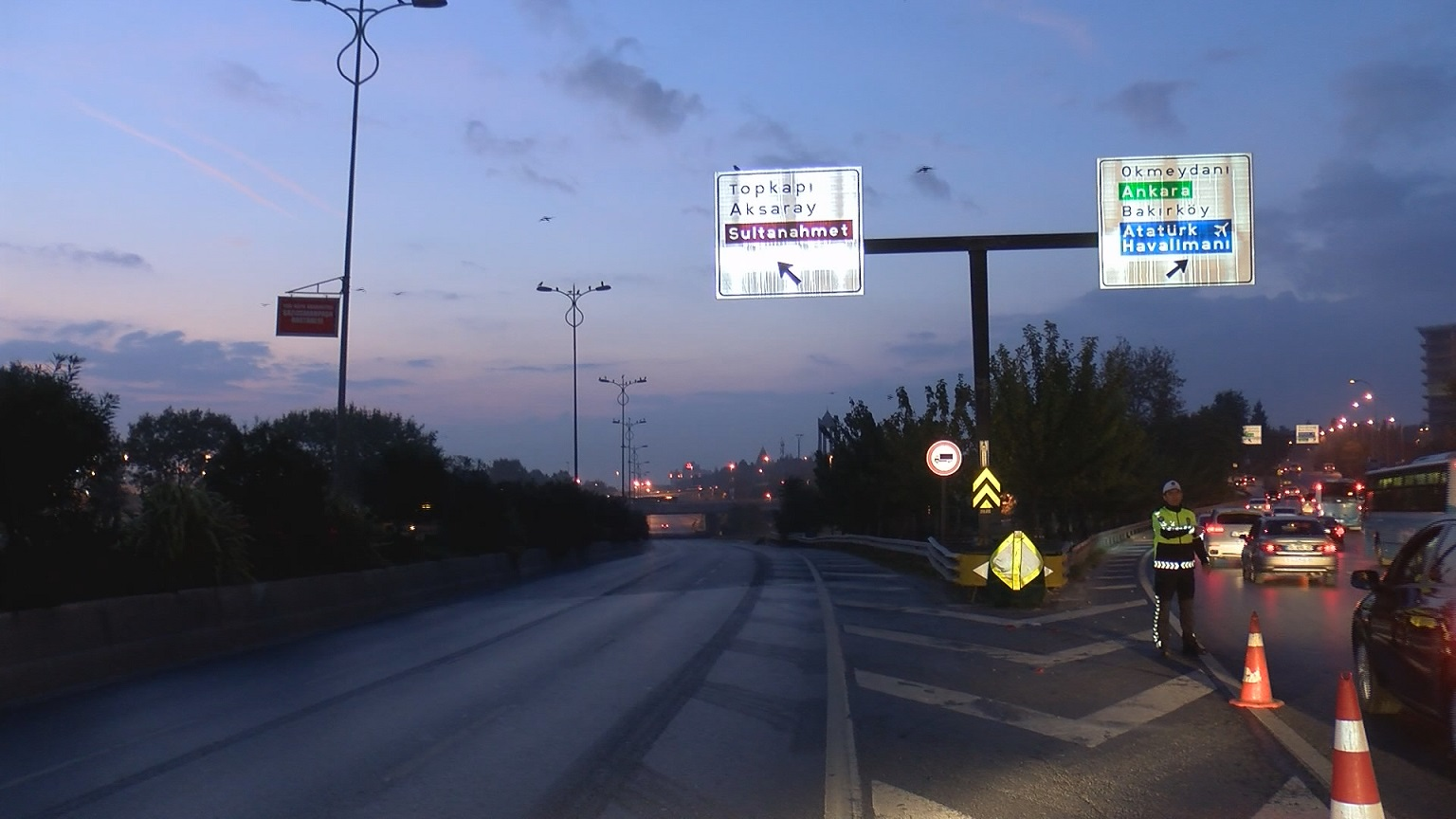 29 Ekim kutlamaları nedeniyle Vatan Caddesi trafiğe kapatıldı