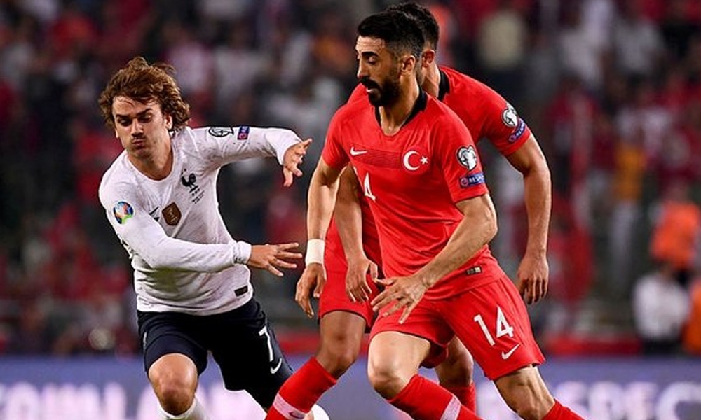 Fransa Dışişleri Bakanı'ndan flaş 'Türkiye Fransa maçı' kararı
