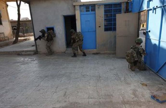 YPG'liler tarafından boşaltıldığı açıklanan IŞİD hapishanesinden ilk görüntüler