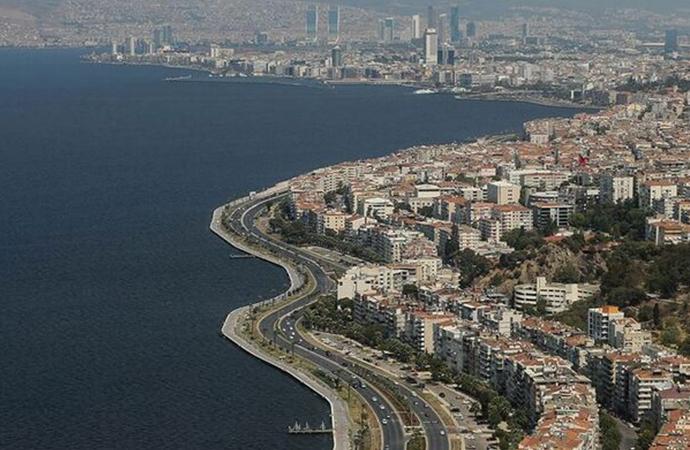 Jeoloji Mühendisleri Odası'ndan İzmir için deprem uyarısı: '7,0 büyüklüğünde deprem üretebilecek 13 fay hattı var'