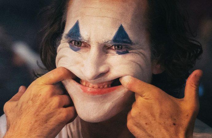 Joker filmi, vizyona girdiği ilk gün zirveye yerleşti