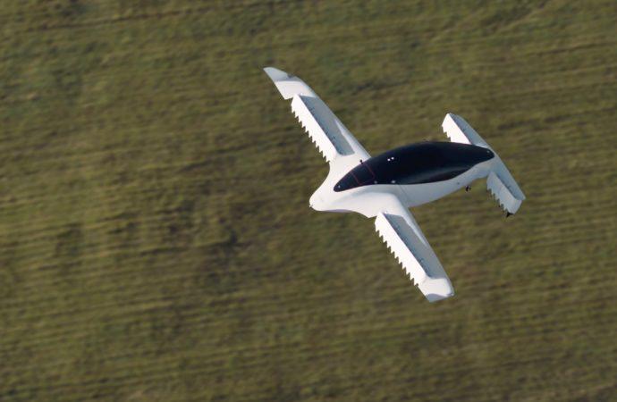 Lilium uçan elektrikli araçların testlerine başladı