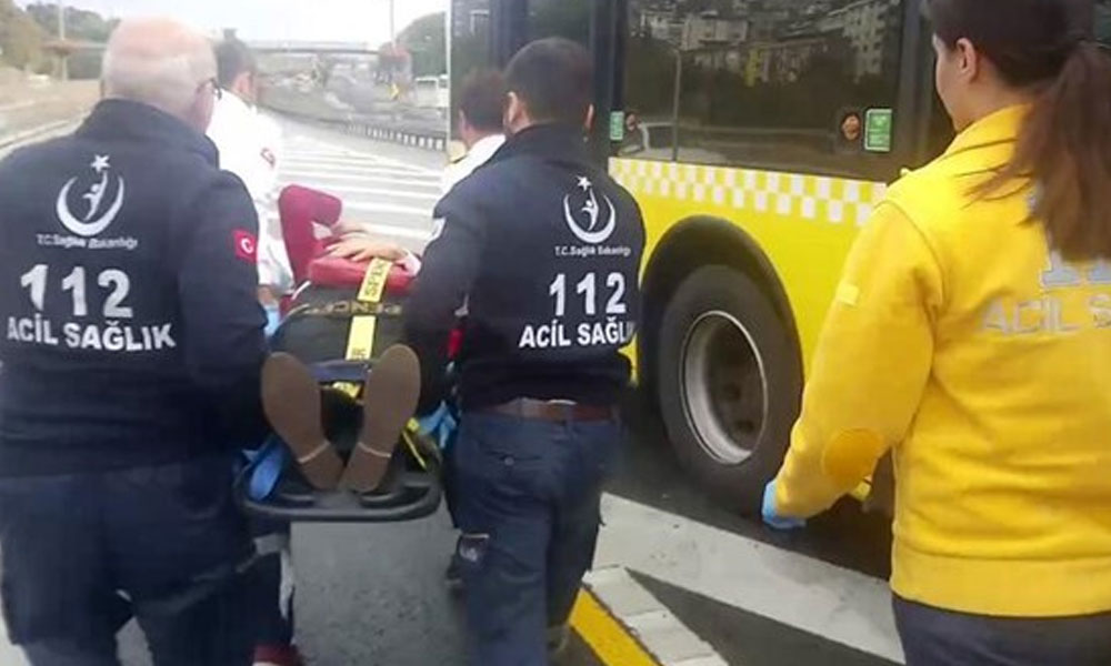 İstanbul'da metrobüsler çarpıştı: 13 yaralı