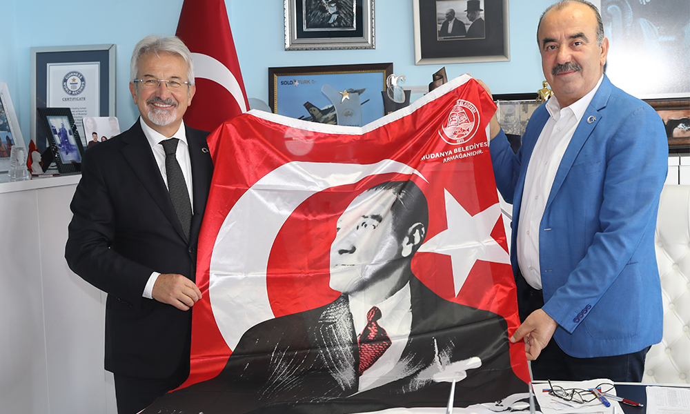 Nilüfer Belediye Başkanı Turgay Erdem'den, Mudanya Belediye Başkanı Hayri Türkyılmaz'a iade-i ziyaret