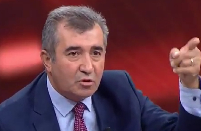 ABC yazarı Necdet Saraç'tan Mehmet Metiner'e: Bize yurtseverlik dersi veremezsiniz!