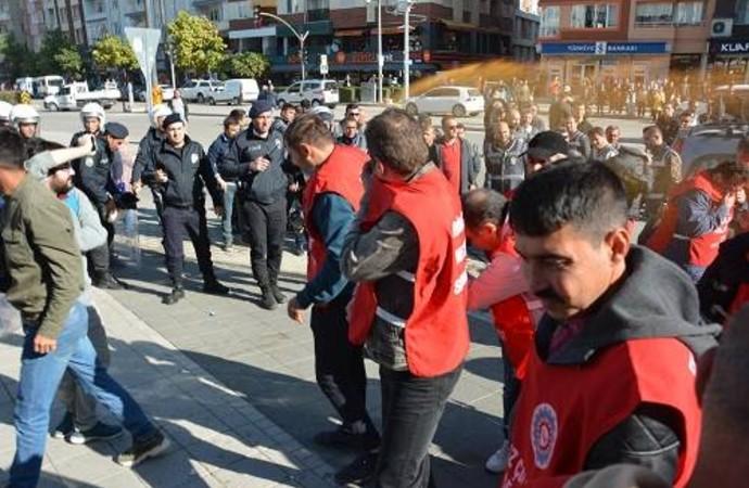 Metal işçilerine polis müdahalesi! Sendika başkanının da aralarında olduğu 29 işçi gözaltına alındı