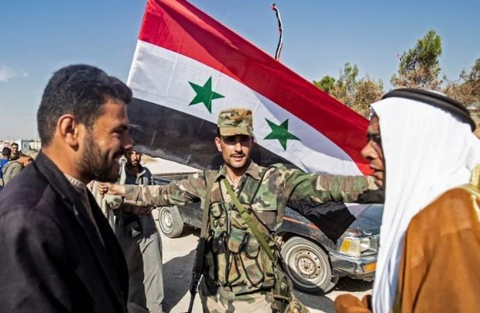 Suriye ordusu 5 yıl sonra ilk kez Rakka'da!