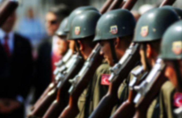 Meclis'te onaylandı, askerlerin emeklilik yaşı yükseldi