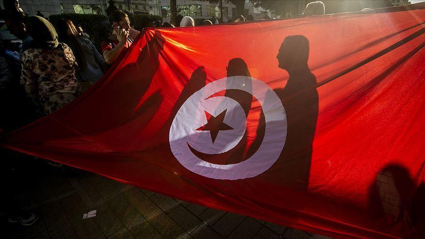 Tunus'ta Dışişleri ve Savunma Bakanları görevden alındı