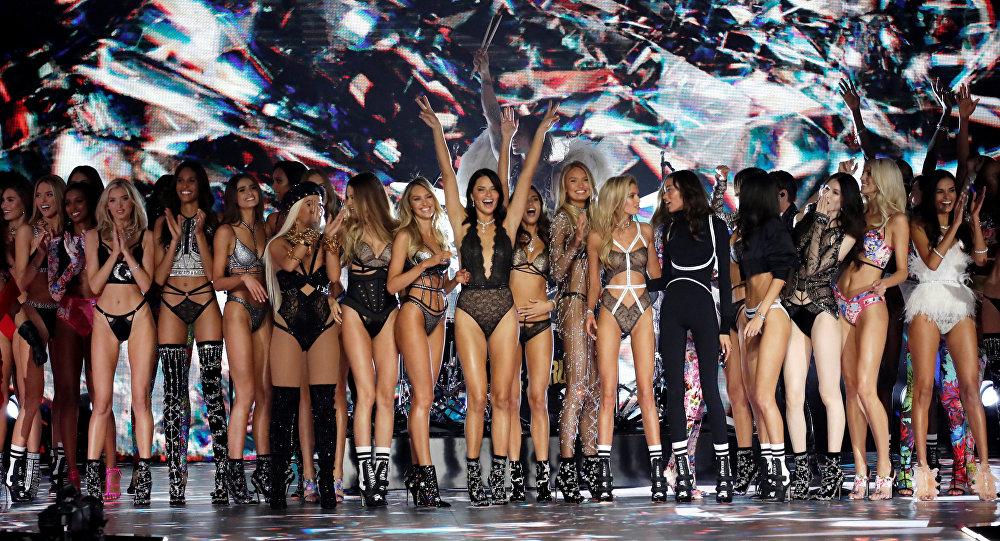Geleneksel Victoria's Secret şovu bu yıl iptal edildi