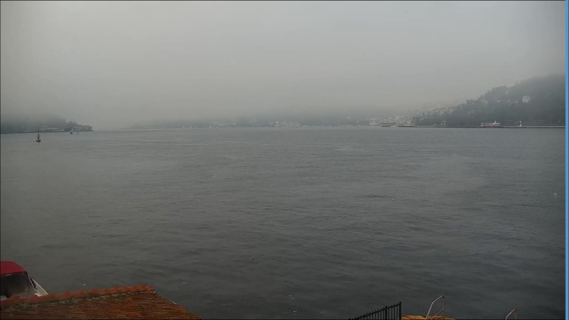 Boğaz'ı kaplayan sis örtüsü
