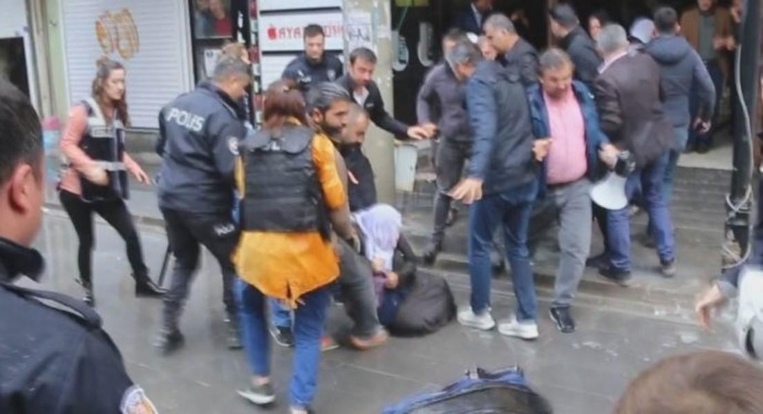 Polisin yerde sürüklediği Barış Annesi'ne 10 yıl hapis istemi!